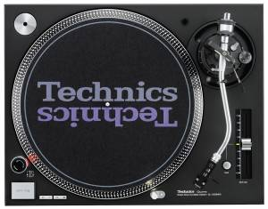 43978-technics-sl1210-mk5-gturntable-black--large